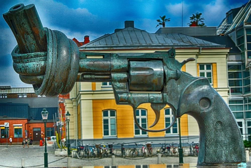 gewaltfrei - Foto Skulptur in Malmö